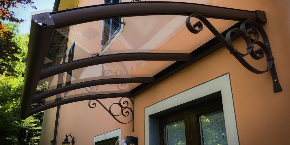 pensiline per coperture porte da esterno